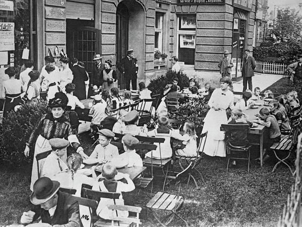 Photograph - Feeding German Children by Underwood Archives