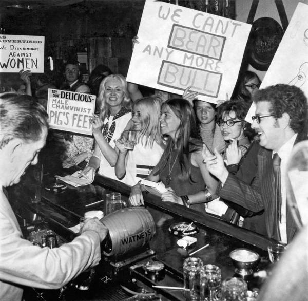 Equal Rights Wall Art - Photograph - Feminists Protest  Brown's Bar by Underwood Archives