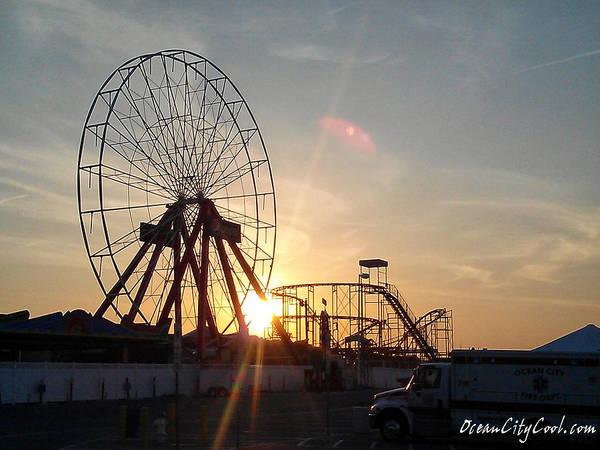 Photograph - Ferris Wheel At Dawn by Robert Banach