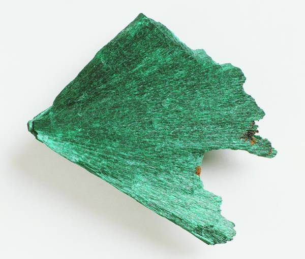 Carbonate Photograph - Fibrous Malachite by Dorling Kindersley/uig