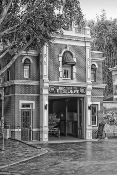 Clothier Photograph - Fire Station Main Street Disneyland Bw by Thomas Woolworth