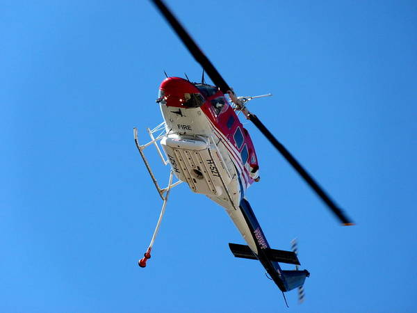 Photograph - Firefighting Helicopter by Jeff Lowe