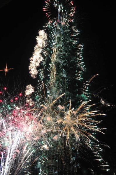 Photograph - Burj Khalifa Fireworks 4 by Dragan Kudjerski