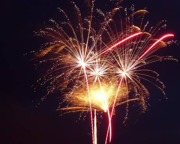 Photograph - Fireworks 8x10 by Toby McGuire