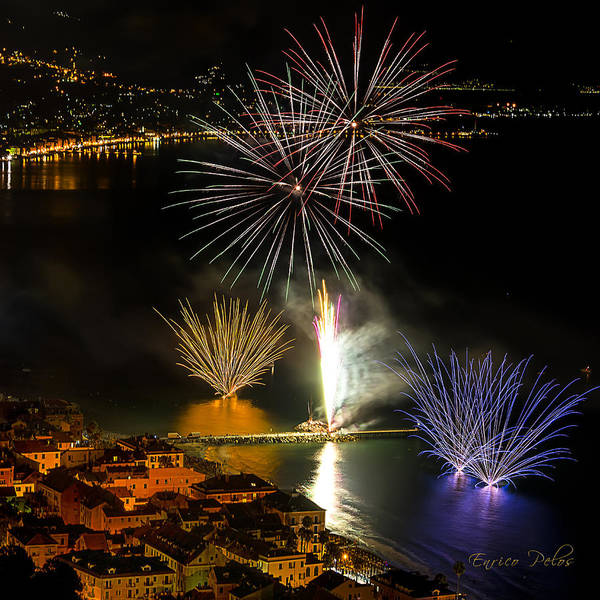 Photograph - Fireworks Laigueglia 2013 3192q - Ph Enrico Pelos by Enrico Pelos