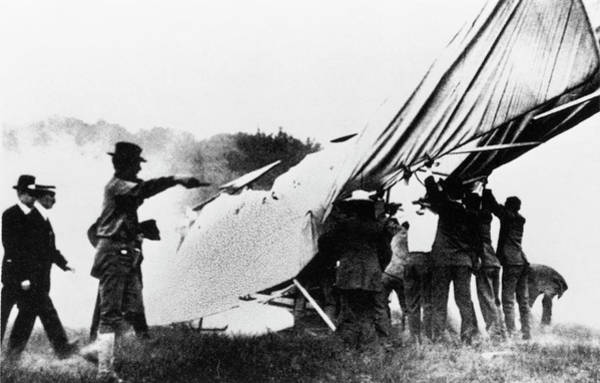 Wall Art - Photograph - First Fatal Plane Crash by Science Photo Library