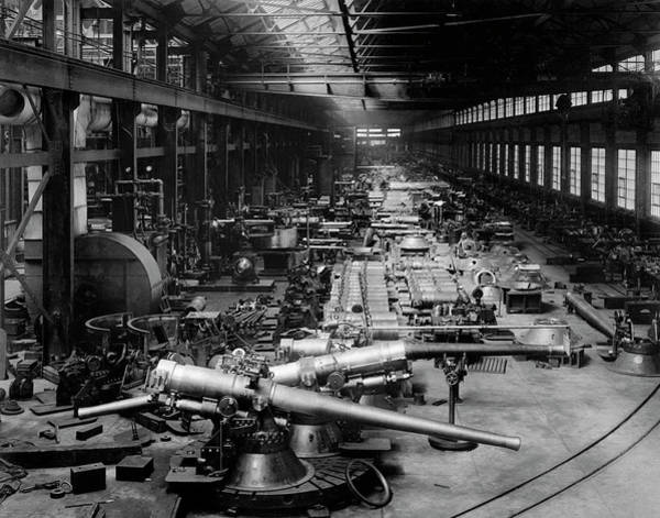 Bethlehem Wall Art - Photograph - First World War Munitions Factory by Us Army/science Photo Library
