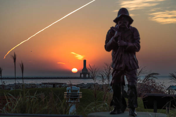 Photograph - Fisherman Sunrise by James  Meyer
