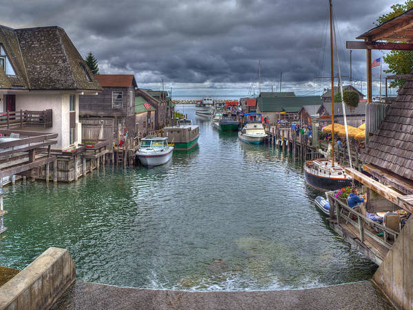 Up North Wall Art - Photograph - Fishtown by Twenty Two North Photography