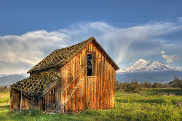 Photograph - Fixer Upper With A View by Loree Johnson