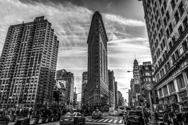 Photograph - Flatiron Building Black And White by David Morefield
