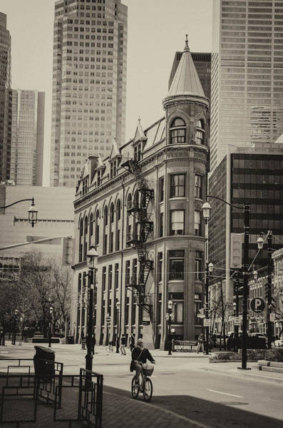 Photograph - Flatiron Building by Guy Whiteley