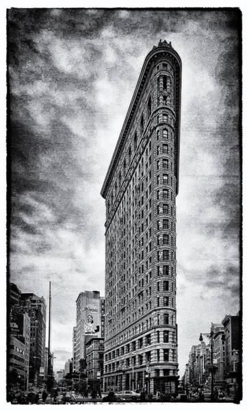 Photograph - Flatiron Building - New York City by James Howe