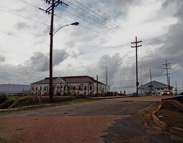 Photograph - Florida Avenue Pumping Station In New Orleans by Louis Maistros