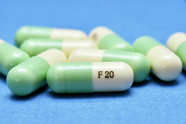 Wall Art - Photograph - Fluoxetine Antidepressant (prozac) by Dr P. Marazzi/science Photo Library