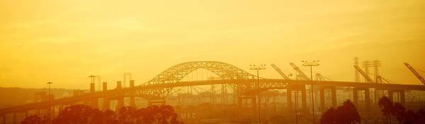 Niebla Wall Art - Photograph - Fog In The Bridge by HQ Photo