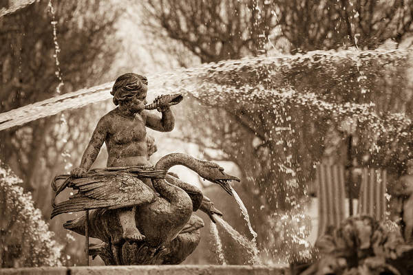Wall Art - Photograph - Fontaine De La Rotonde Water Sprite by W Chris Fooshee