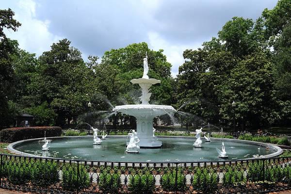 Photograph - Forsythe Fountain by R B Harper