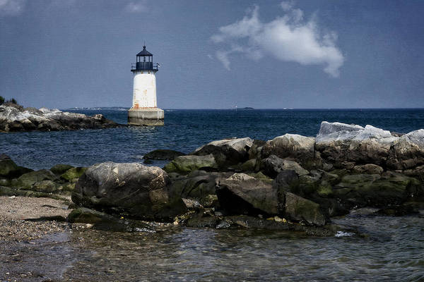 Sentinel Photograph - Fort Pickering Light by Joan Carroll