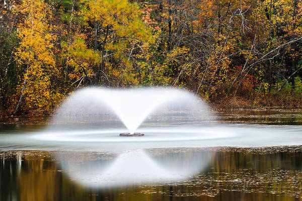Photograph - Fountain In Fall by Gary Slawsky