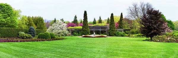 Chicago Botanic Garden Photograph - Fountain In Peace Garden, Chicago by Panoramic Images