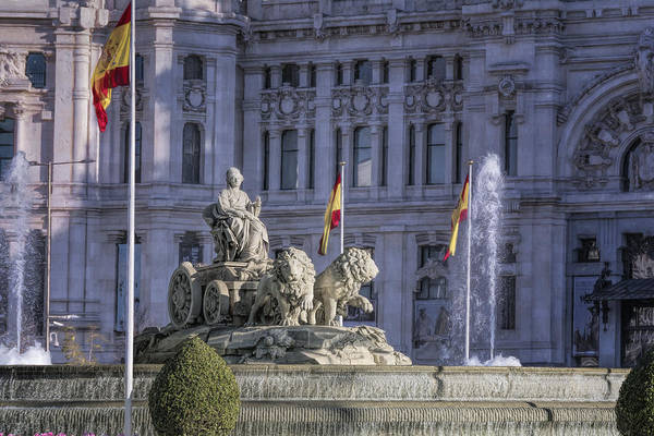 Photograph - Fountain Of Cibeles by Joan Carroll