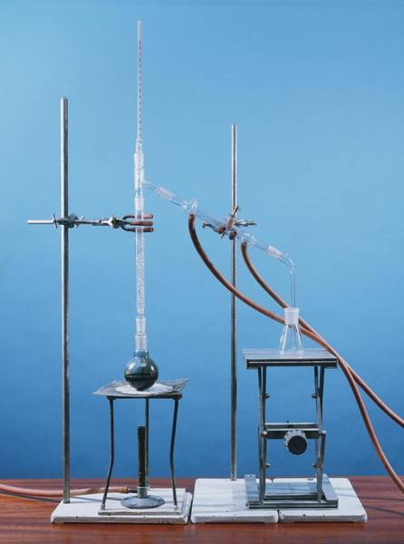 Liebig Wall Art - Photograph - Fractional Distillation Of Crude Oil by Andrew Lambert Photography/science Photo Library