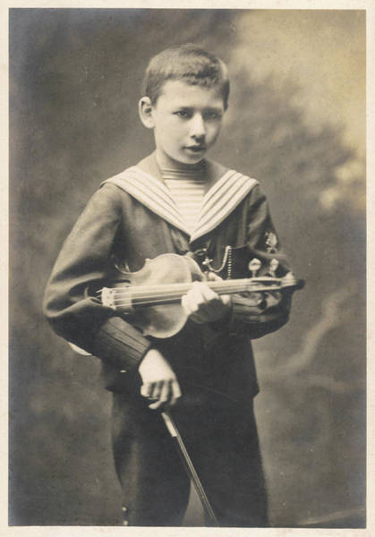 Wall Art - Photograph - Franz Von Vecsey  Young Violinist by Mary Evans Picture Library