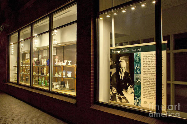 Photograph - Frederick Carter Storefront 1 by Tom Doud