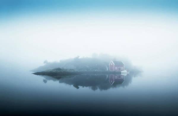 Island Photograph - Free Falling by Lars Arvid Helleb?