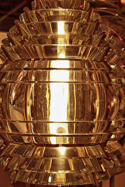 Fresnel Lens Wall Art - Photograph - Fresnel Lighthouse Lens by John Greim/science Photo Library