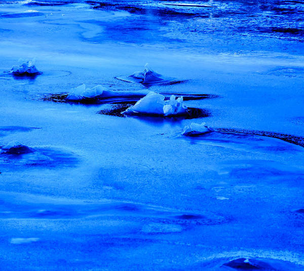 Photograph - Ice Blue Frozen Ocean by Roxy Hurtubise