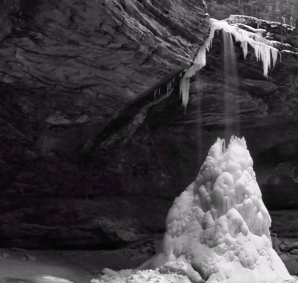 Hocking Hills Photograph - Frozen Waterfall by Dan Sproul