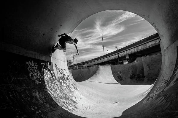 Street Photograph - Full Pipe @ Sam Taeymans by Eric Verbiest