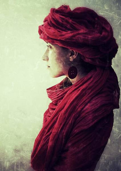 Cloth Photograph - Gabby by Kenp
