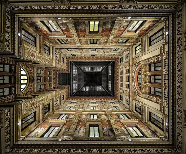 Wall Art - Photograph - Galleria Sciarra by Renate Reichert