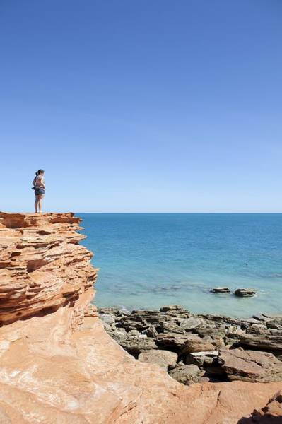 Broome Photograph - Gantheaume Point. by Science Photo Library