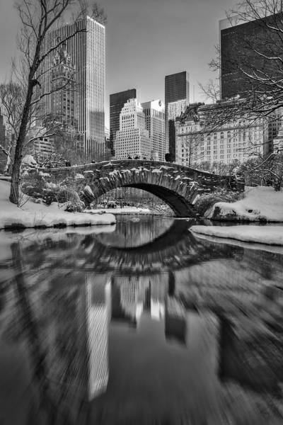 Photograph - Gapstow Bridge Bw by Susan Candelario