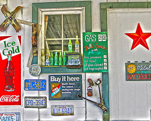 Wall Art - Photograph - Gas 22 Cents by Frank Savarese
