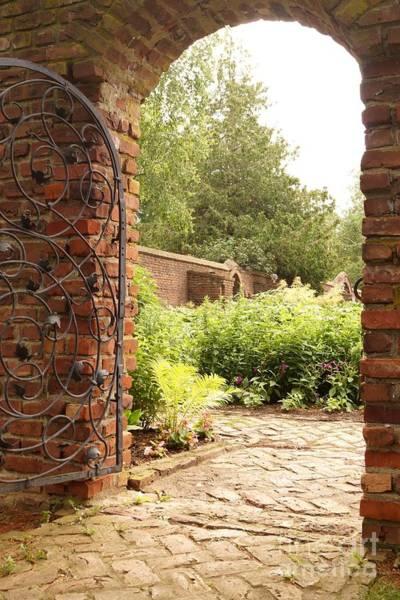 Photograph - Gateway To The Gardens by Kerri Mortenson