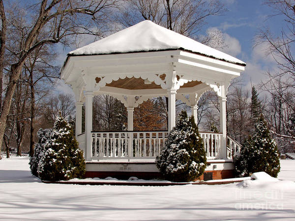 Gazebo At Olmsted Falls - 2 Art Print