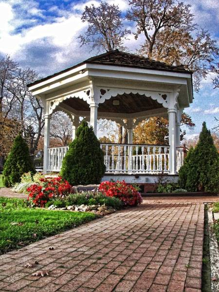 Gazebo At Olmsted Falls - 3 Art Print