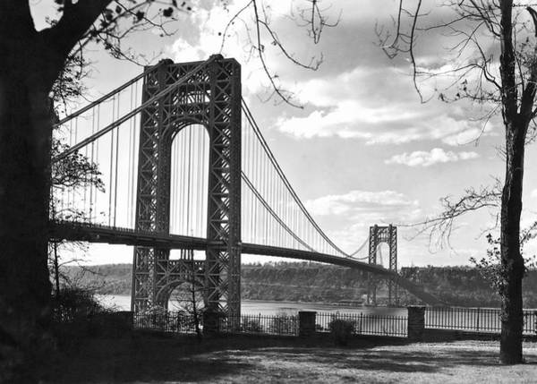 1932 Wall Art - Photograph - George Washington Bridge by Underwood Archives