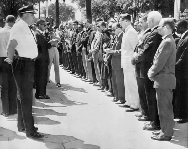 Controversy Photograph - Georgia Prayer Vigil by Underwood Archives