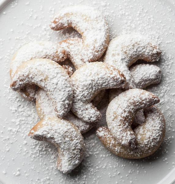 German Food Photograph - German Vanilla Biscuits Vanilla Kipferl by Larry Washburn