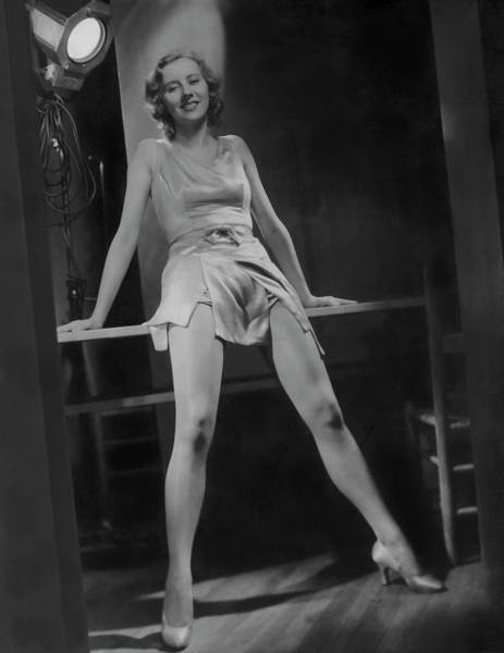 Little People Photograph - Gertrude Mcdonald Posing Backstage On The Set by Horst P. Horst