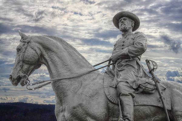 Cemetery Ridge Photograph - Gettysburg Battlefield General On Horse Statue by Randy Steele