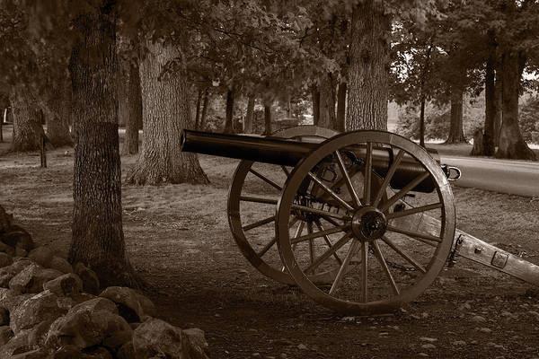Gettysburg Battlefield Photograph - Gettysburg Cannon B W by Steve Gadomski