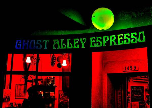 Wall Art - Photograph - Ghoulie Brew by Benjamin Yeager