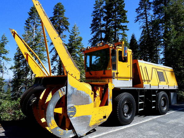 Photograph - Giant Snow Removal Machine by Jeff Lowe